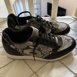Janiko Sneakers. Handmade Italian size 7